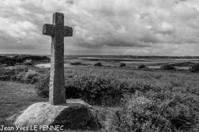 Croix de granit